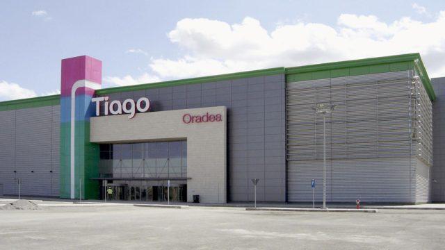 Tiago Mall, Oradea